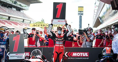 【#CatalanWorldSBK】 Chaz Davies 在 Race 2贏得2020 WorldSBK賽季的首場勝利,令人驚豔的一天。 Scott Redding 則是第六名。
